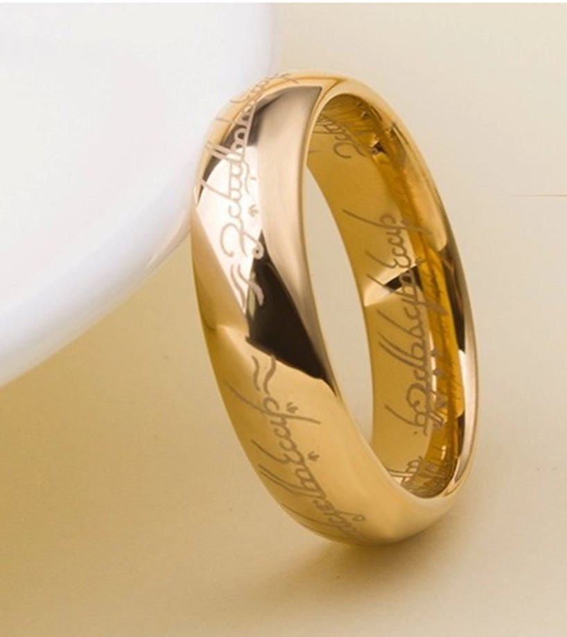 Aliança tungstenio banhada a ouro senhor dos aneis