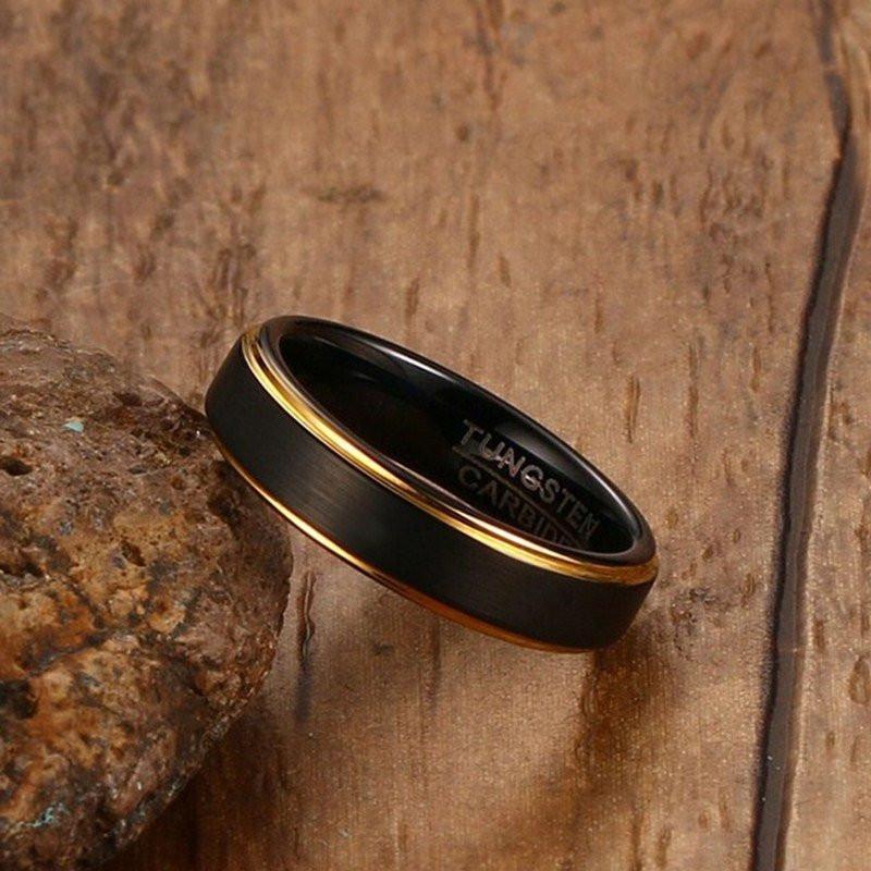Aliança tungstenio preta banhada a ouro 5mm